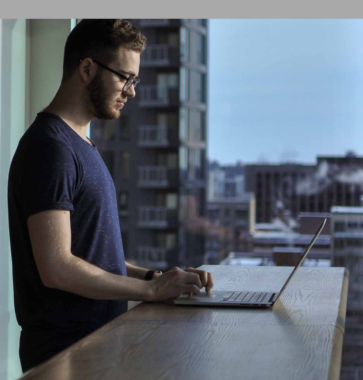 OzeIT Internet and Data to work from anywhere - person working from home